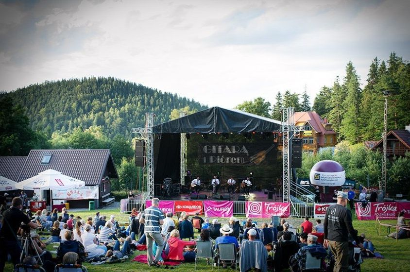 """""""With a Guitar and a Pen"""" Music Festival in Karpacz"""