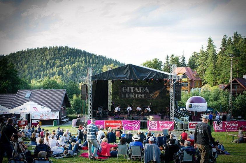 """Festiwal Muzyczny """"Gitarą i Piórem"""" w Karpaczu"""
